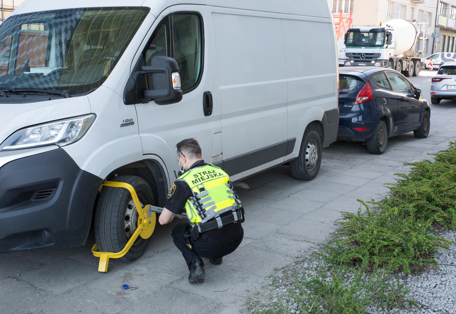 straż miejska w katowicach wyzwanie parkowanie